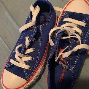Converses shoes